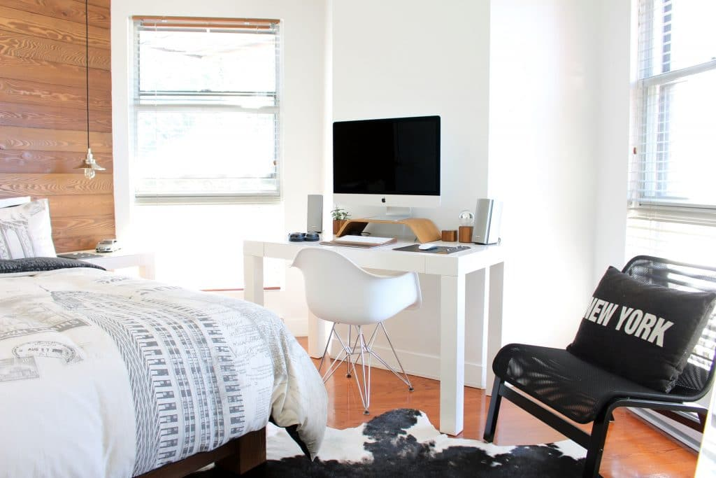 turning bedroom into home office
