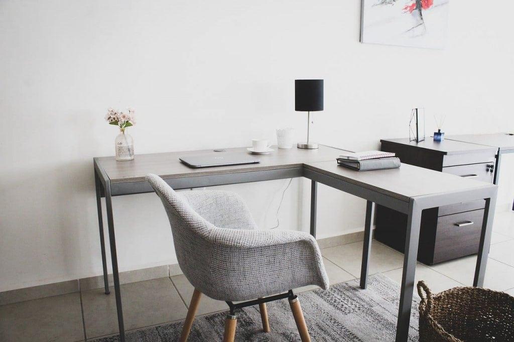 l-shaped corner desk