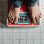 does standing help lose weight featured image