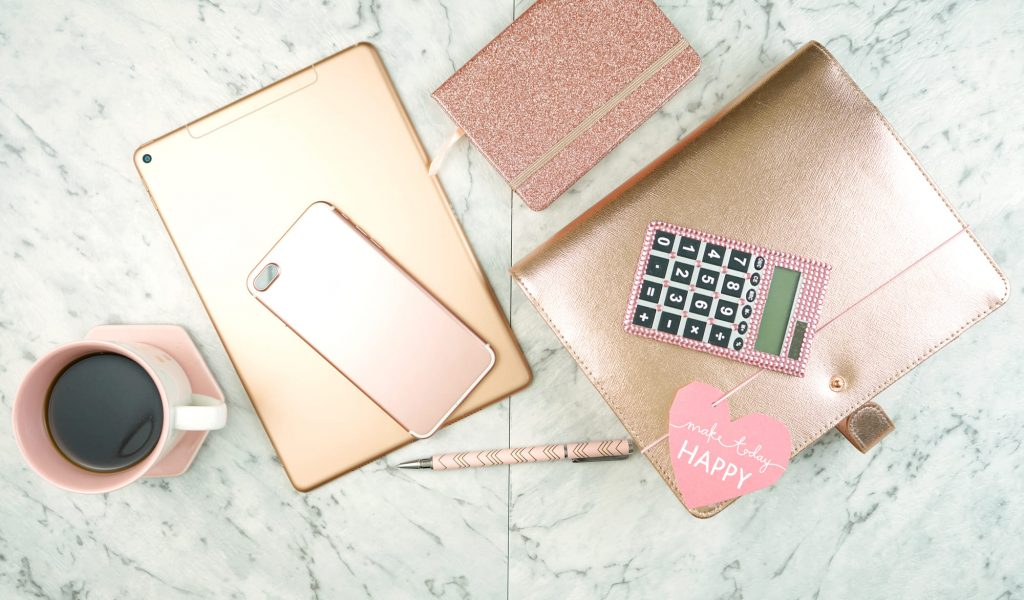 rose gold supplies and accessories featured image